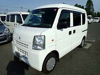 MITSUBISHI MINICAB BRAVO van с аукциона в Японии