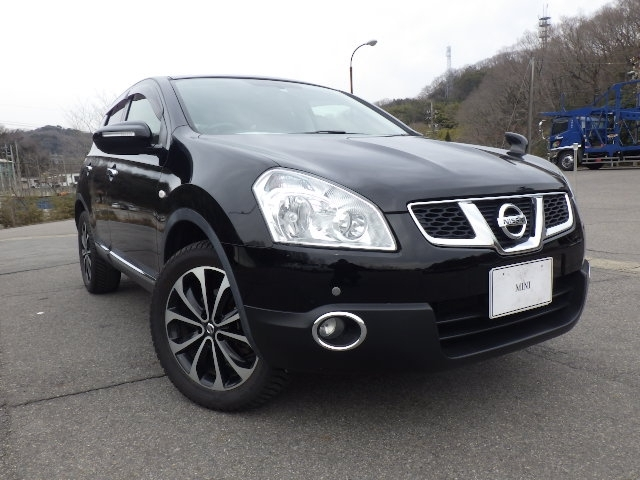 Buy used NISSAN DUALIS at Japanese auctions