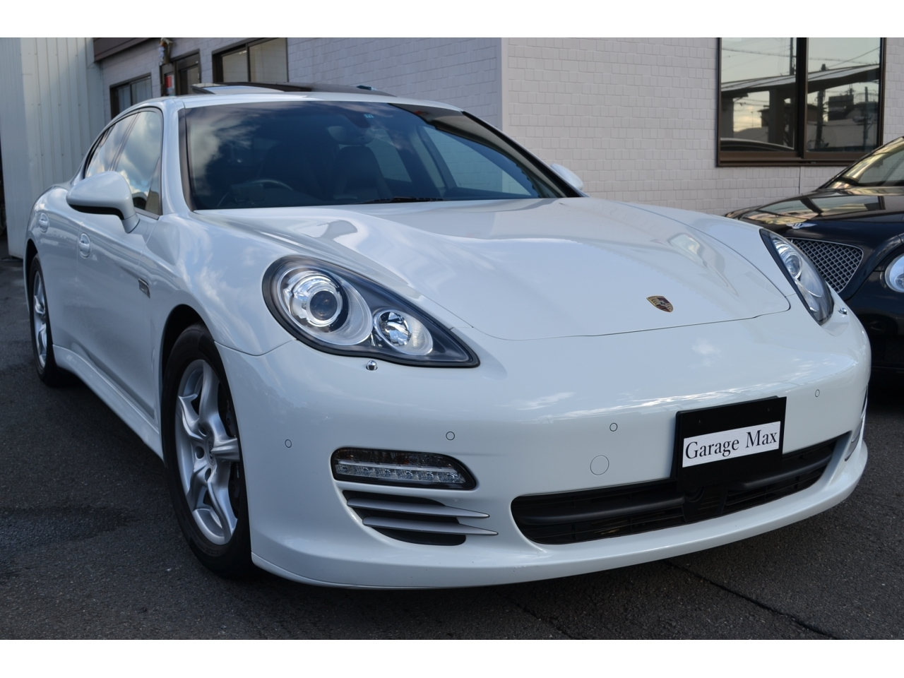 Buy used Porsche at Japanese auctions